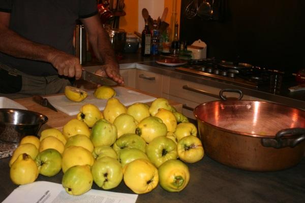 Les coings passent en cuisine