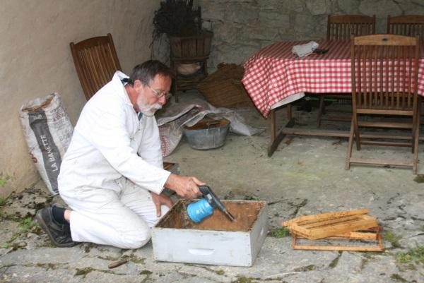 Nettoyage et préparation d'une hausse