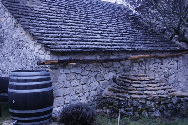 Terrasse et gouttières mars 2013 017